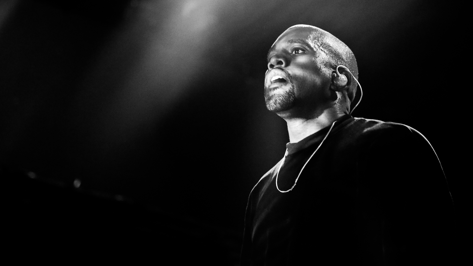 Kanye-West-@-Koko-hi-res-(69)a